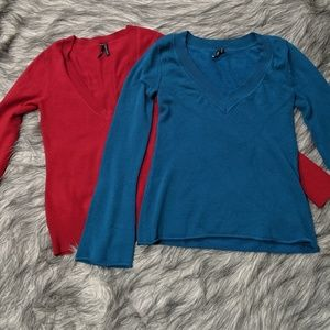 Bundle of 2 Takeout brand v-neck sweaters, size M